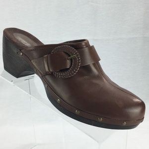 Clarks Womens Clogs Mules Brown Size 9 $80 Retail